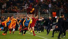 Giành chiến thắng 'không tưởng', AS Roma hất cẳng Barca khỏi Champions League