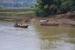 Đình chỉ Phó Chủ tịch UBND xã vì nghi 'bảo kê' cho 'cát tặc' lộng hành dọc sông Chu