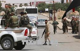 Syria sơ tán các cơ sở quân sự ở Damascus