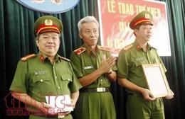 Thưởng nóng cho Công an quận Tân Phú đã phá nhiều vụ án lớn