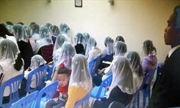 12 sinh viên vào 'Hội Thánh đức chúa trời', Trường ĐH Hồng Đức họp khẩn