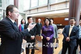Phó Chủ tịch nước thăm Đại học New South Wales và Đại học tổng hợp Sydney