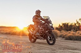Hàng loạt mô tô phân khối lớn BMW Motorrad giảm giá đến gần 200 triệu đồng