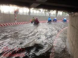TP Hồ Chí Minh ngập hầm chui sau cơn mưa lớn trong đêm 2/5