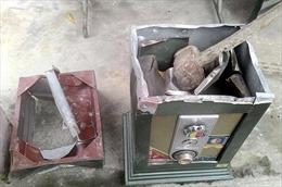 Phá két sắt, định trộm gần 3 tỷ đồng tại trạm thu phí Chợ Đệm