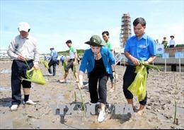 Chủ tịch Quốc hội dự Lễ trồng cây tại Mốc tọa độ quốc gia GPS 0001, Cà Mau
