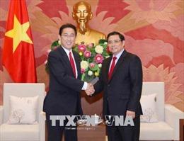 Đồng chí Phạm Minh Chính tiếp Trưởng Ban nghiên cứu chính sách Đảng Dân chủ Tự do Nhật Bản