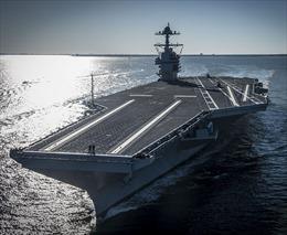 'Nghi án' siêu tàu sân bay Mỹ chết máy sau 2 ngày bị tàu Nga bám đuổi