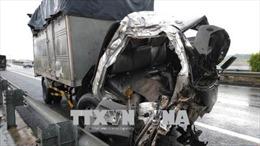 Xe tải mất phanh trên Dốc Cun, tông chết 1 người, 2 trọng thương
