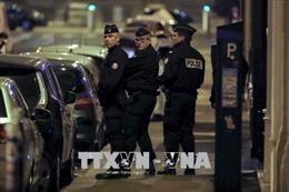 Thủ phạm tấn công bằng dao tại Paris nằm trong danh sách theo dõi chống khủng bố
