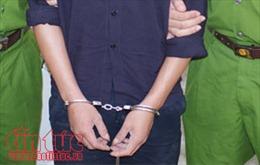 Bắt quả tang phóng viên nhận tiền của doanh nghiệp ở Kon Tum