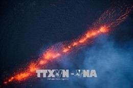 Hawaii đưa ra cảnh báo đỏ do tro bụi từ núi lửa Kilauea