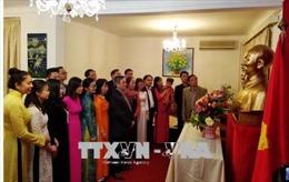 Đại sứ quán Việt Nam tại Algeria kỷ niệm 128 năm ngày sinh Chủ tịch Hồ Chí Minh