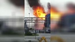 Nổ nhà máy hóa chất ở Mỹ, hàng chục người bị thương