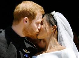 Nhìn lại những hình ảnh khó quên trong đám cưới cổ tích của Hoàng gia Anh