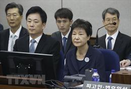 Bê bối chính trị tại Hàn Quốc: Đề nghị án tù đối với 3 trợ lý cấp cao của cựu Tổng thống Park Geun-hye