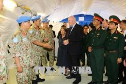 Toàn quyền Australia thăm Bệnh viện Dã chiến cấp 2 số 1 của Việt Nam