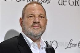 Nhà sản xuất điện ảnh Harvey Weinstein bị bắt với cáo buộc tấn công tình dục