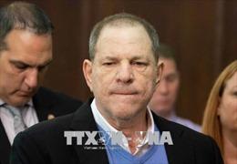 Harvey Weinstein bị truy tố tội hiếp dâm và cưỡng bức tình dục