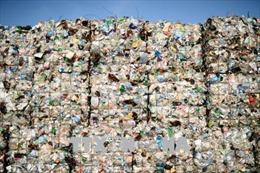 Rác thải nhựa phân hủy sản sinh ra khí gây hiệu ứng nhà kính