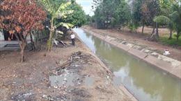 Chuyện quản lý: Ruộng vẫn 'khát nước' dù đã có kênh thủy lợi