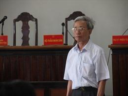 Tống đạt quyết định thi hành án 3 năm tù đối với ông Nguyễn Khắc Thủy