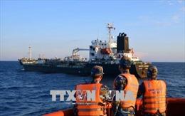 Xử phạt hai tàu vận chuyển dầu trái phép