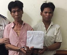 Cảnh sát biển bắt giữ 2 đối tượng mua bán 1 kg ma túy đá