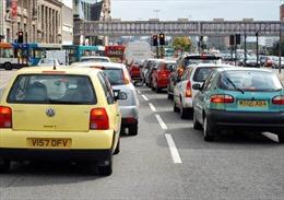Thị trưởng London kêu gọi cấm toàn bộ xe chạy xăng, diesel vào năm 2030
