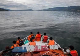 192 người mất tích trong vụ chìm thuyền tại Indonesia
