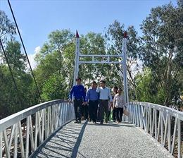 Người dân xã Phong Thạnh Tây (Bạc Liêu) có cây cầu mới