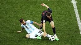 World Cup 2018: CĐV sốc vì hành vi nổi nóng, thái độ thiếu fair-play của Messi