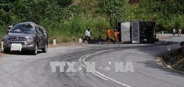 Bảy người thoát chết trong gang tấc sau vụ va chạm giao thông trên đèo Ngoạn Mục
