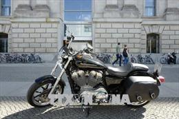 Tổng thống Mỹ cảnh báo áp thuế với hãng Harley-Davidson