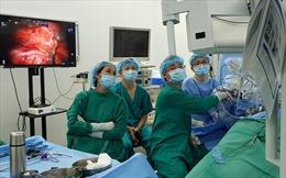 Lần đầu tiên 'người máy' phẫu thuật lấy thận ghép từ người sống