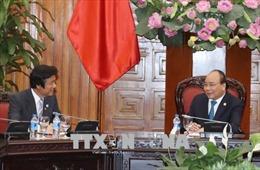 Thủ tướng Nguyễn Xuân Phúc tiếp Thống đốc tỉnh Fukuoka, Nhật Bản