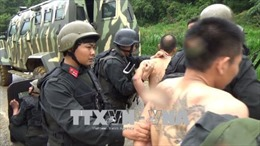 Bắt nhóm đối tượng ma túy nguy hiểm, chống đối quyết liệt bằng vũ khí quân dụng