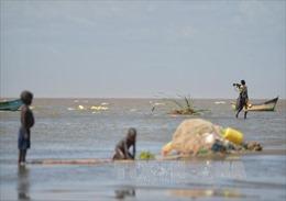 UNESCO báo động sự tồn vong của 'Biển Ngọc bích'