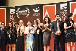 Họa sỹ Nguyễn Thu Thủy nhận cúp Bạc Giải thưởng Thiết kế Quốc tế tại Italy