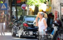 Ngày nắng nóng, người già không uống đủ nước dễ bị trụy mạch, đột quỵ