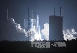 Trung Quốc phát triển tên lửa đẩy siêu mạnh