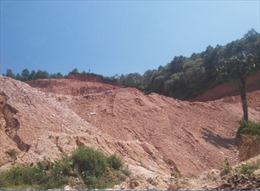 Phú Thọ: Làm rào chắn phản đối khai thác khoáng sản gây ô nhiễm môi trường