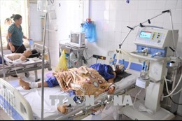 Xe tải đâm trực diện xe 7 chỗ ở Lạng Sơn, 5 người bị thương nặng