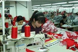 Chiến tranh thương mại Mỹ - Trung: Việt Nam chịu tác động 2 chiều ra sao?