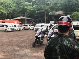 Sơ tán khu vực cửa hang Tham Luang, chuẩn bị giải cứu đội bóng thiếu niên
