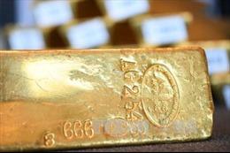 Giá vàng thế giới chạm mức đỉnh của hai tuần