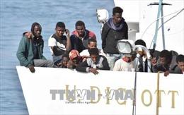 Italy từ chối tiếp nhận người di cư gặp nạn