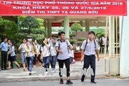 Thi THPT quốc gia: Điểm chuẩn dự kiến giảm sâu, việc tuyển sinh 'dễ thở'
