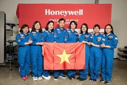 8 giáo viên Việt Nam tham gia chương trình Đào tạo Mô phỏng Phi hành gia