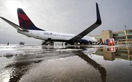 Liên tiếp 2 máy bay hạ cánh khẩn tại sân bay Kansas